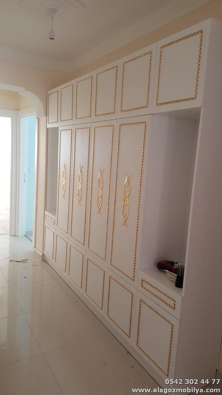 Ev Mobilya Dekorasyonu (Aynalı Gardırop, Elbise Dolabı)
